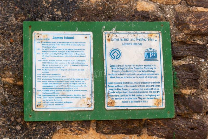 Muestra con la historia de la isla de Kunte Kinte formaly conocida como James Island fotos de archivo libres de regalías