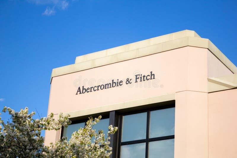 Muestra de la tienda de Abercrombie y de Fitch imagenes de archivo