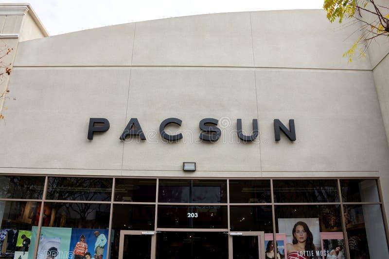 Muestra de la tienda de Pacsun fotografía de archivo