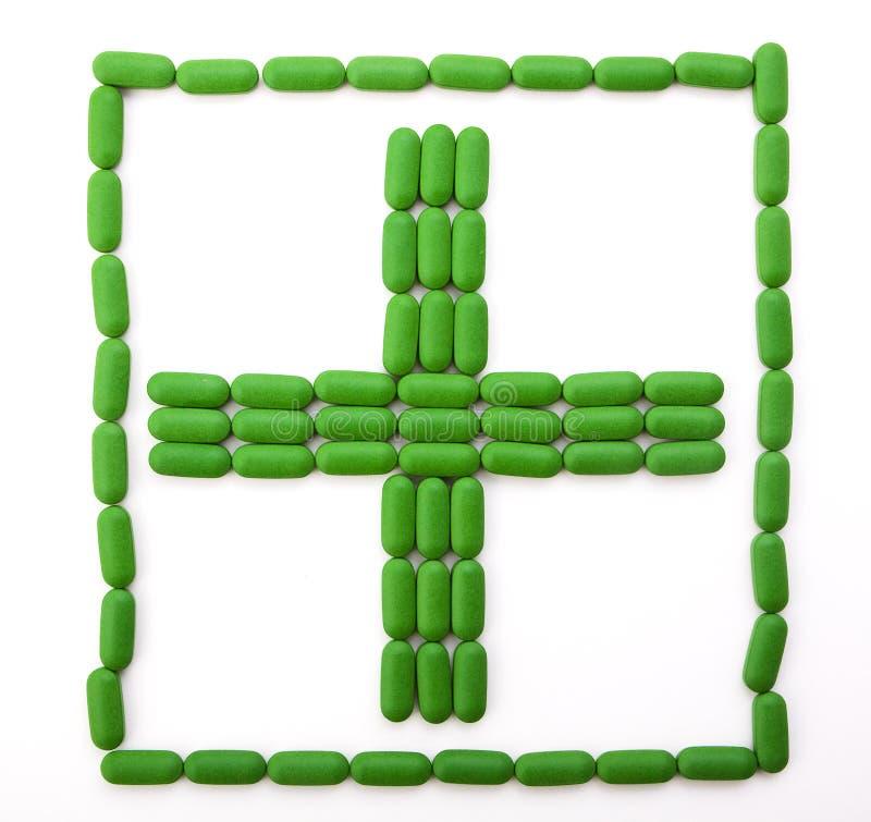 Download Muestra De Los Primeros Auxilios De Píldoras Verdes Foto de archivo - Imagen de cápsula, botella: 41909338