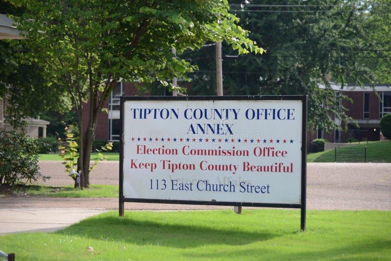 Muestra del anexo de la oficina del condado de Tipton, Covington, TN fotografía de archivo