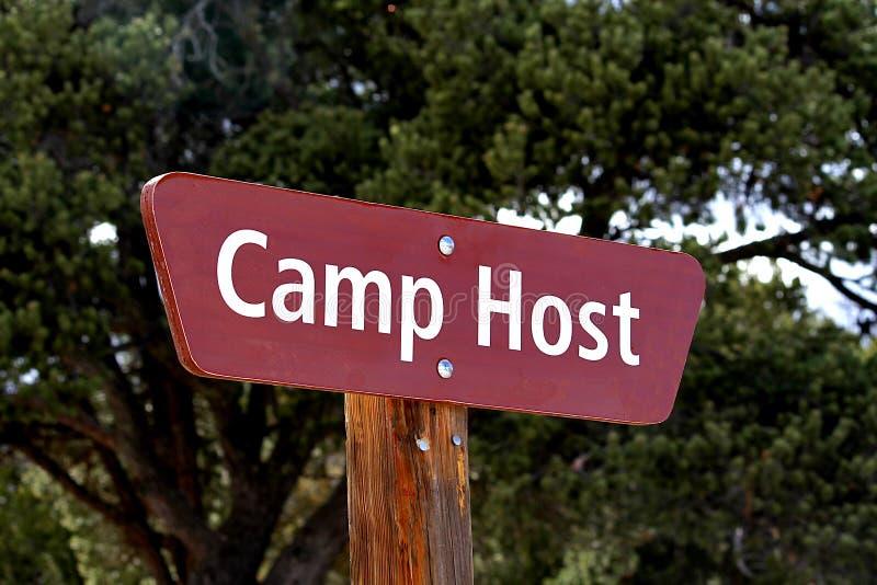 Muestra del anfitrión del campo en el camping fotos de archivo libres de regalías