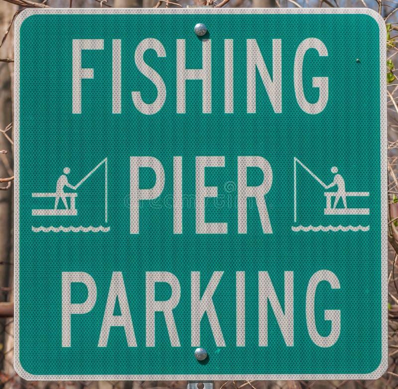 Muestra del estacionamiento de la pesca imagen de archivo