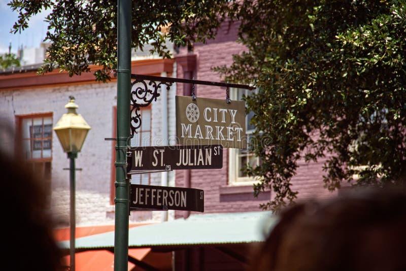 Muestra del mercado de la ciudad foto de archivo libre de regalías