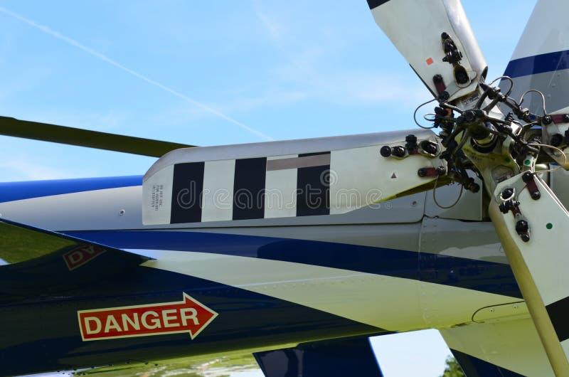 Muestra del peligro en la parte posterior del helicóptero imagen de archivo
