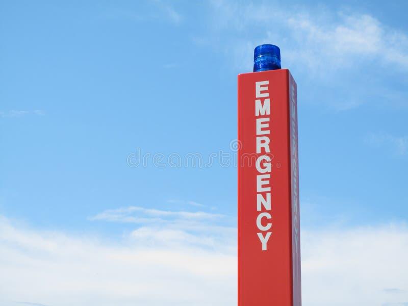 Muestra del rectángulo de la llamada de emergencia con el estroboscópico azul. fotos de archivo libres de regalías