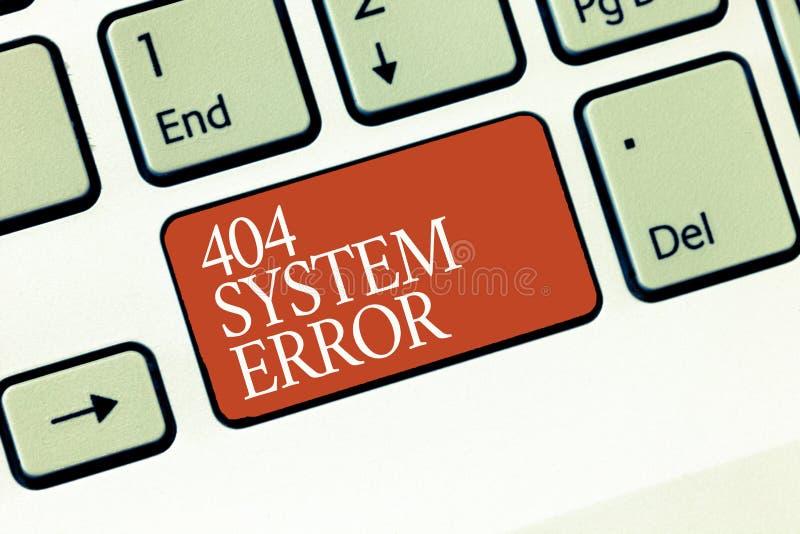 Muestra del texto que muestra error de sistema 404 El mensaje conceptual de la foto aparece cuando el sitio web está abajo y se a fotos de archivo libres de regalías