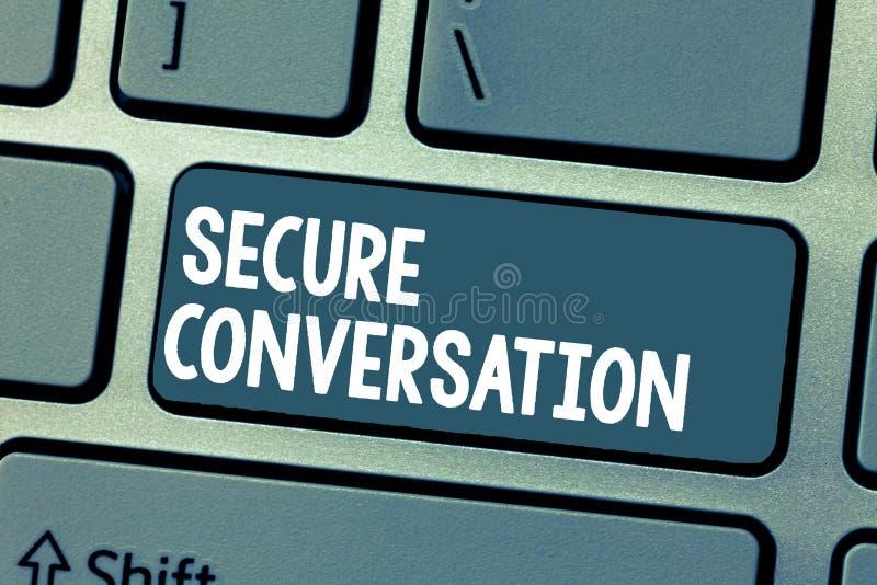 Muestra del texto que muestra la conversación segura Comunicación cifrada asegurada foto conceptual entre los servicios web fotos de archivo libres de regalías