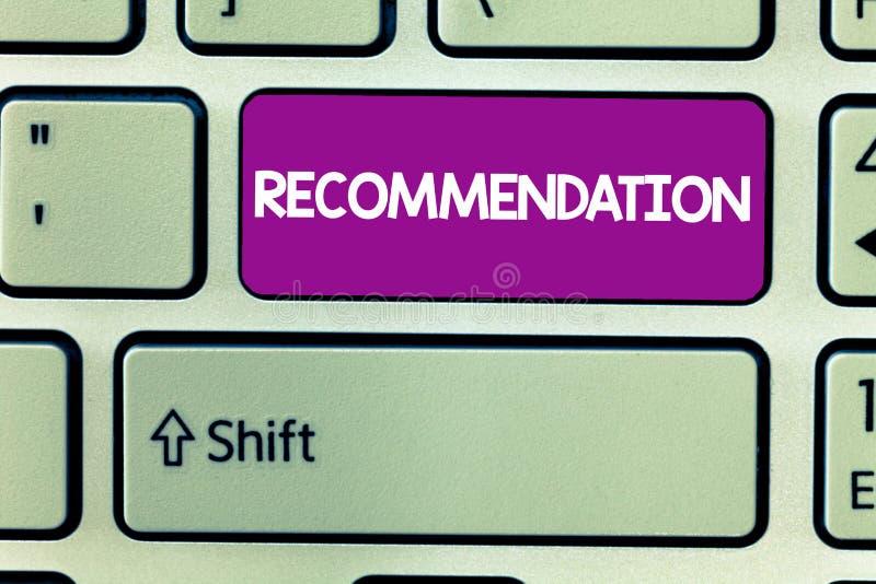 Muestra del texto que muestra la recomendación Oferta conceptual de la foto en cuanto a la mejor línea de endoso de la conducta foto de archivo