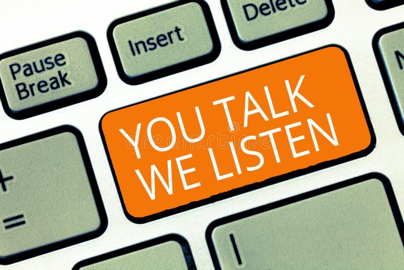 Muestra del texto que le muestra charla escuchamos Conversación de motivación conceptual de la comunicación bidireccional de la f fotos de archivo libres de regalías