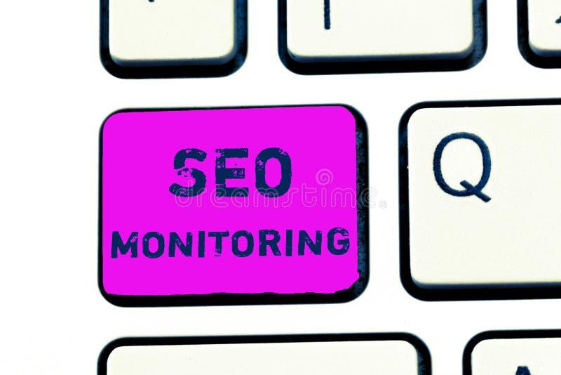 Muestra del texto que muestra a Seo Monitoring Foto conceptual que sigue el progreso de la estrategia hecho en la plataforma libre illustration