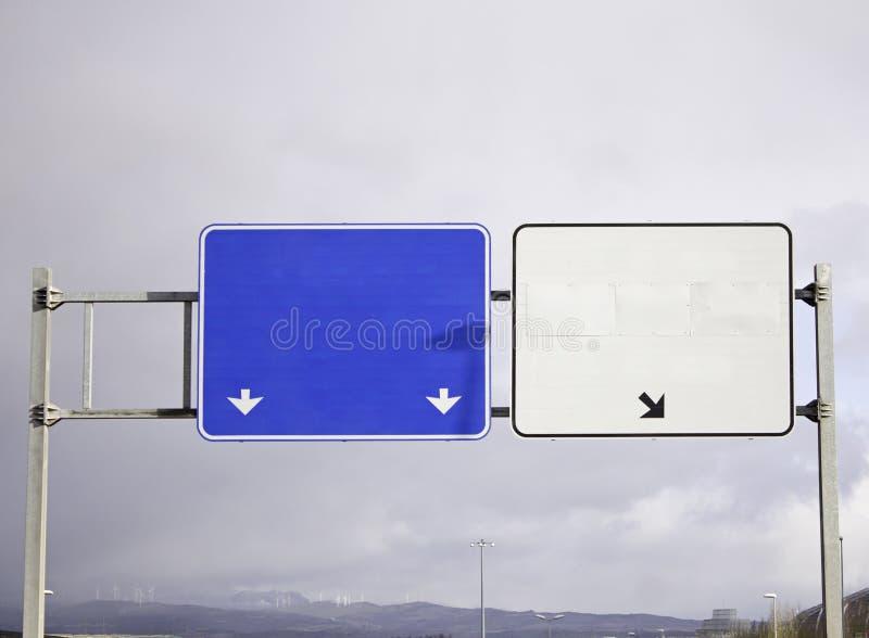 Muestras de la carretera con el espacio para el texto foto de archivo