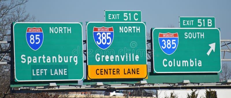 Muestras direccionales de la carretera nacional en I-85 imagen de archivo