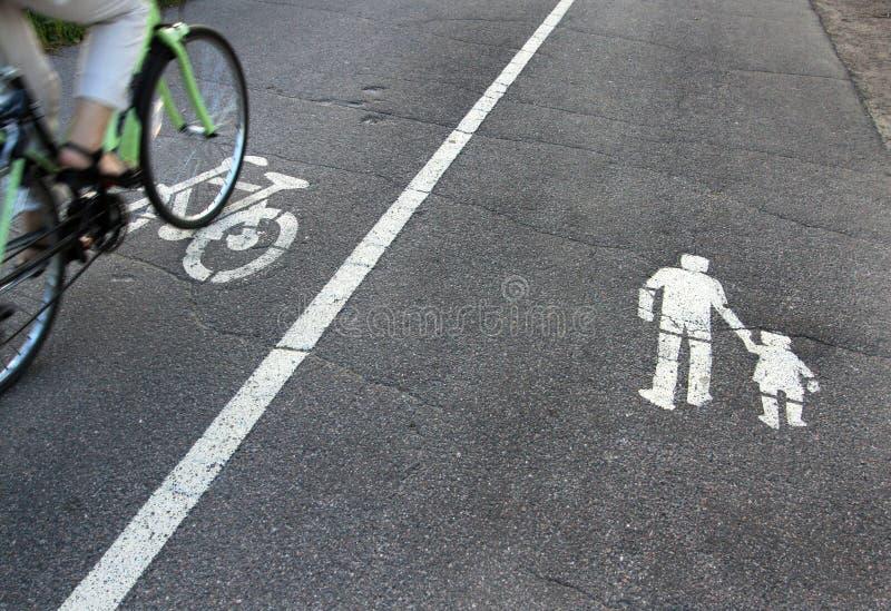 Muestras en el asfalto foto de archivo