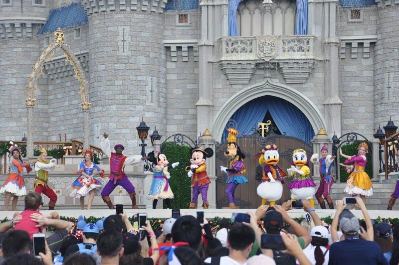 Muestre en el parque mágico del reino, Walt Disney World Resort Orlando, la Florida, los E.E.U.U. imagenes de archivo
