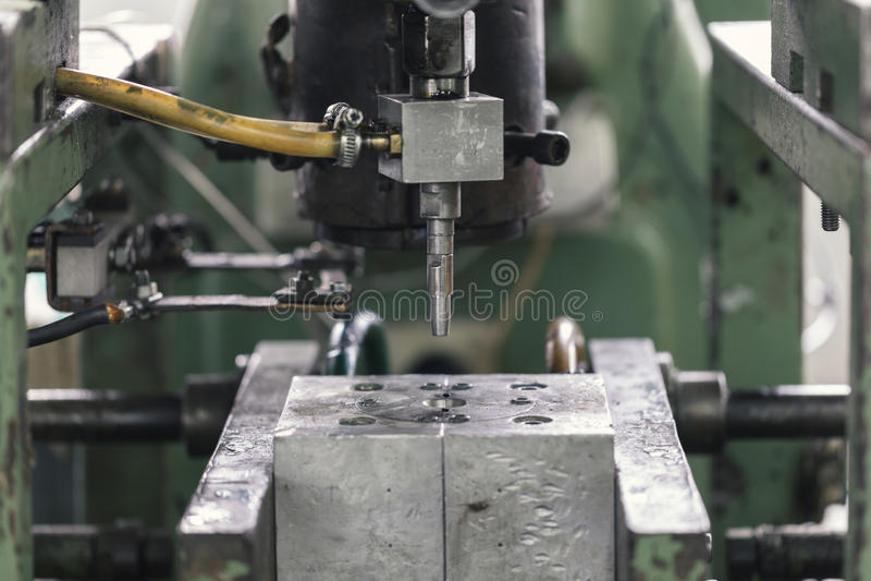 Muffa d'acciaio, fine su fotografie stock libere da diritti