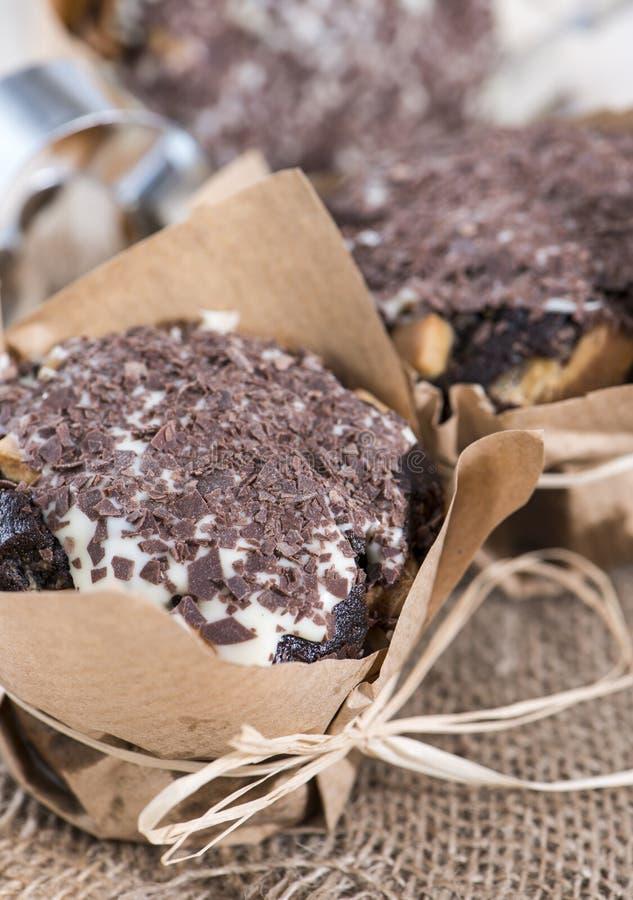Muffin casalinghi del cioccolato fotografia stock libera da diritti