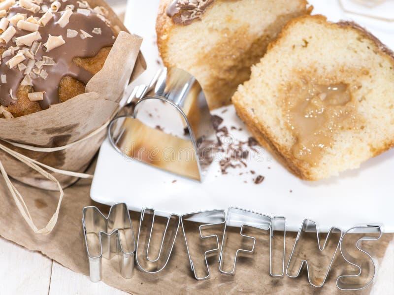 Muffin casalingo del caramello fotografia stock