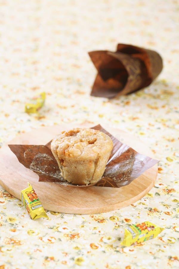 Muffin del caramello di Apple immagine stock