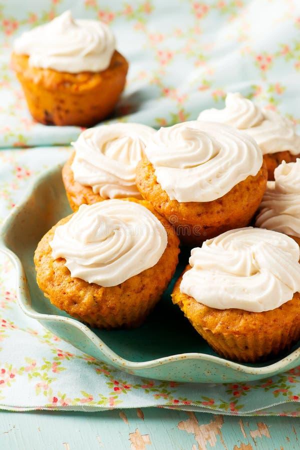Muffin för morotkaka royaltyfri foto
