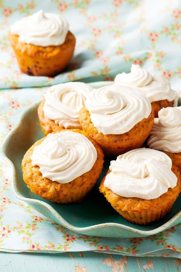 Muffin för morotkaka arkivfoto