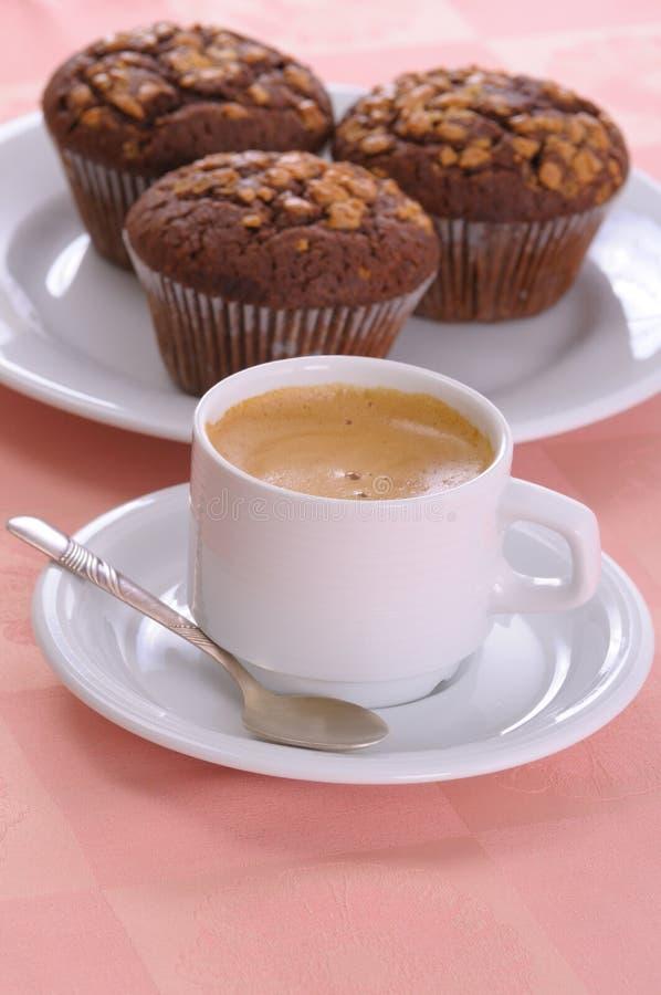 Muffin und Kaffee lizenzfreies stockfoto