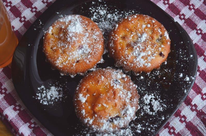 Muffins met Gemengde Bessen Gezond Dessert, Gebakje royalty-vrije stock foto