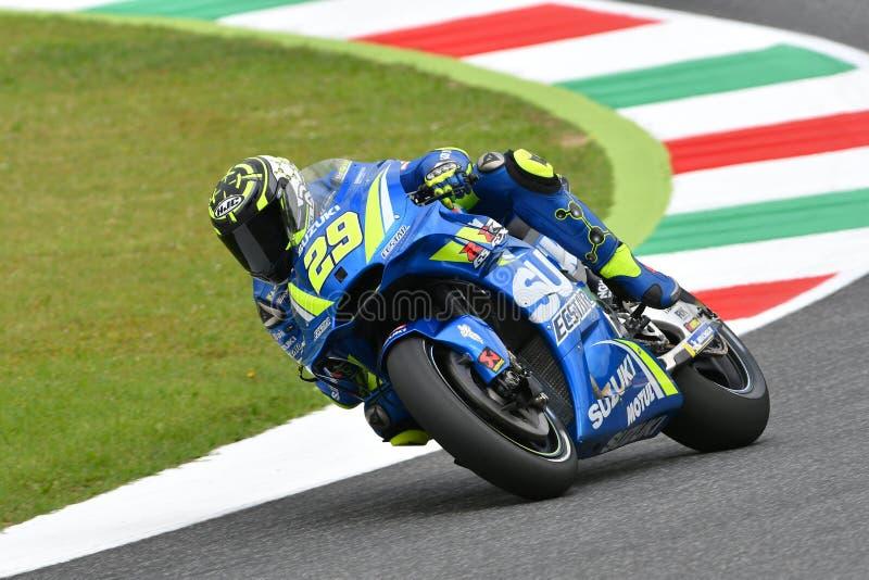 MUGELLO - ITÁLIA, o 1º de junho: Cavaleiro Andrea Iannone de Suzuki Ecstar Team do italiano durante a sessão de Practcie em GP 20 imagens de stock royalty free