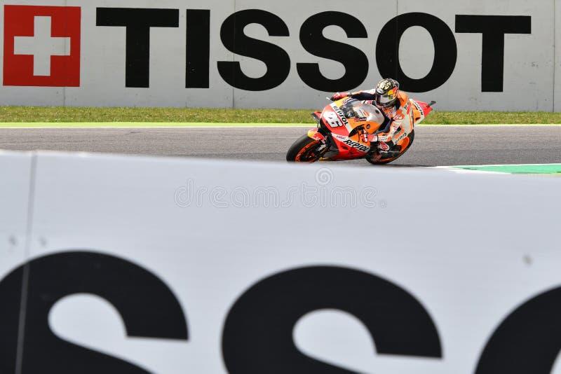 MUGELLO - ITÁLIA, O 1º DE JUNHO: Cavaleiro espanhol Daniel Pedrosa da equipe de Honda Repsol durante a sessão de prática em GP 20 fotos de stock