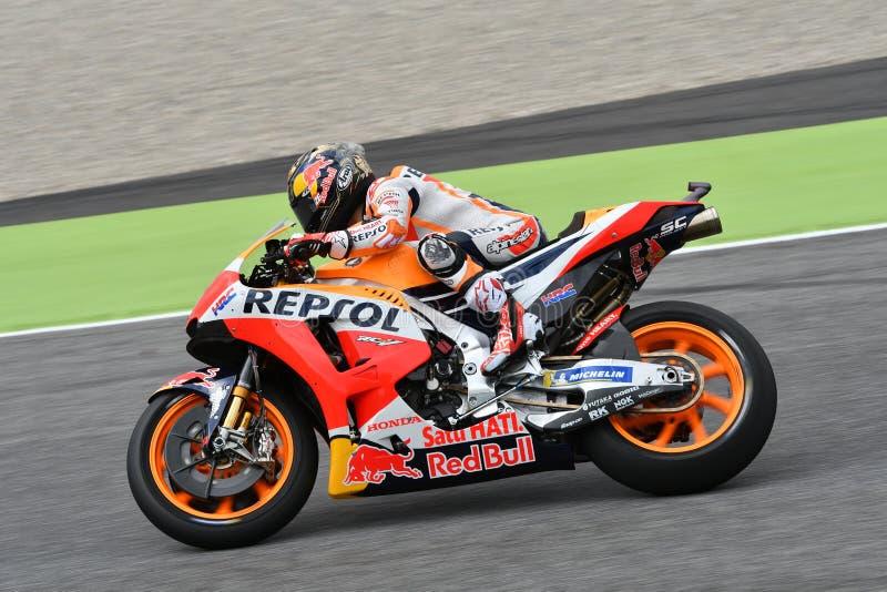 MUGELLO - ITÁLIA, O 1º DE JUNHO: Cavaleiro espanhol Daniel Pedrosa da equipe de Honda Repsol durante a sessão de prática em GP 20 foto de stock royalty free