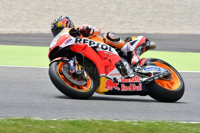 MUGELLO - ITÁLIA, O 1º DE JUNHO: Cavaleiro espanhol Daniel Pedrosa da equipe de Honda Repsol durante a sessão de prática em GP 20 imagens de stock