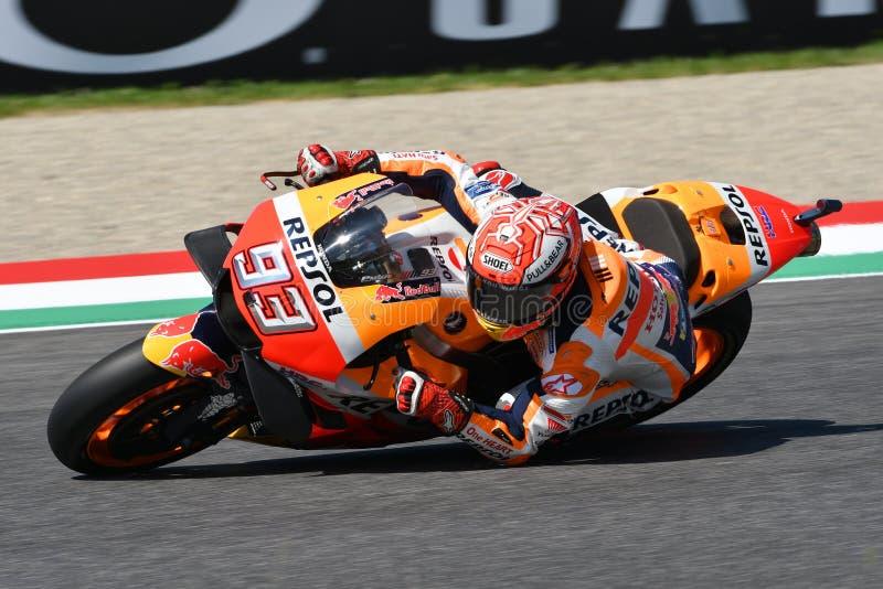 MUGELLO - ITÁLIA, O 2 DE JUNHO: Cavaleiro espanhol Marc Marquez da equipe de Honda Repsol durante a sessão de prática em GP 2018  imagem de stock