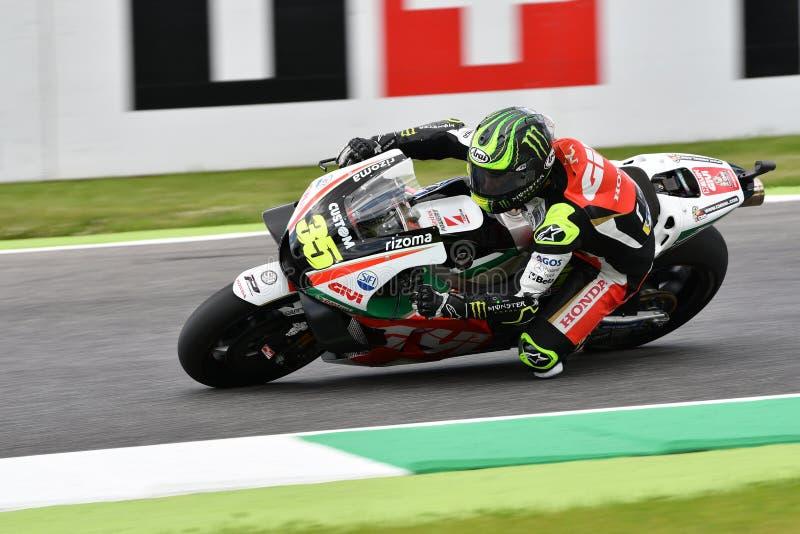 Mugello - ITÁLIA, o 2 de junho: RCL britânico Honda Castrol Team Rider Cal Crutchlow durante a sessão de qualificação em GP 2018  fotos de stock