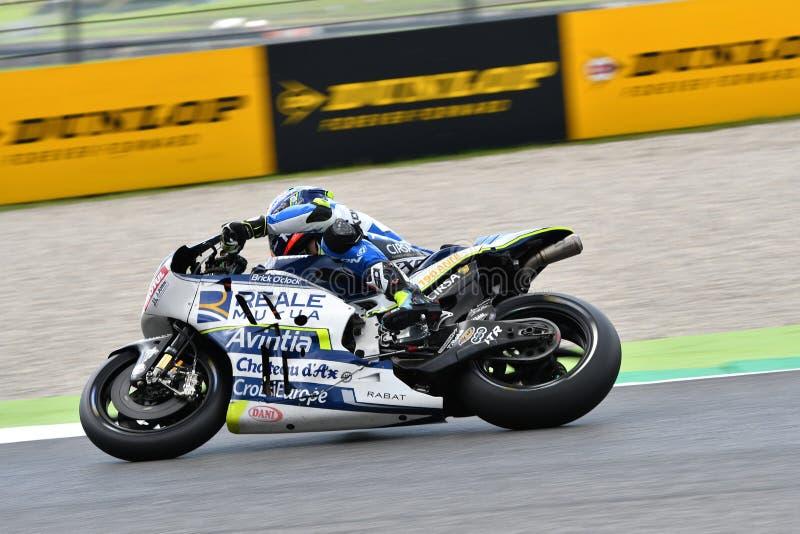 Mugello - ITALIË, 2 JUNI: Spaanse Ducati Reale die Avintia Team Rider Xavier Simeon rennen bij 2018 GP van Italië van MotoGP op J royalty-vrije stock foto