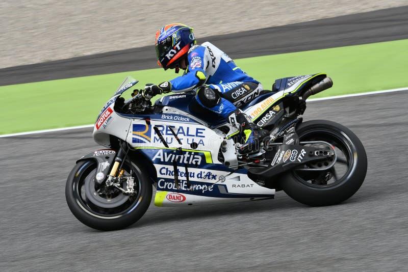 Mugello - ITALIË, 2 JUNI: Spaanse Ducati Reale die Avintia Team Rider Xavier Simeon rennen bij 2018 GP van Italië van MotoGP op J royalty-vrije stock fotografie