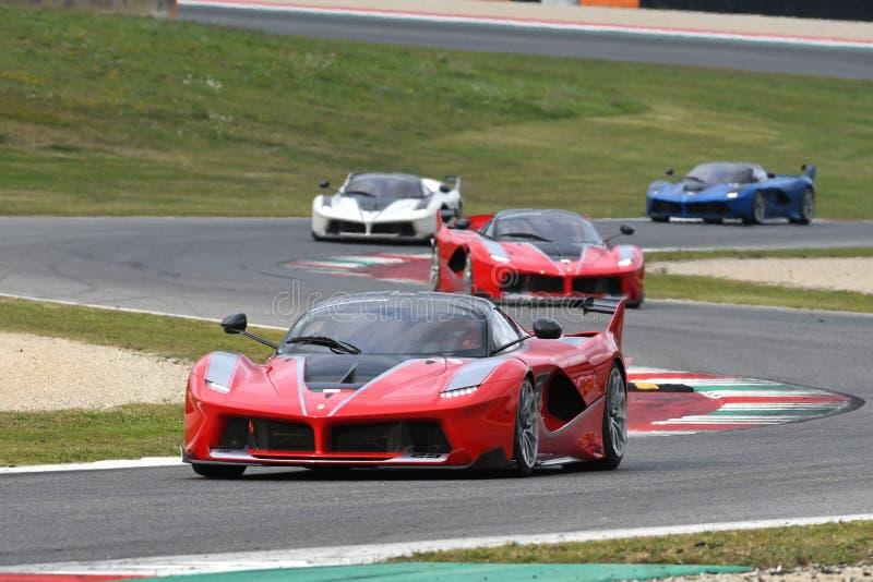MUGELLO, ITALIA - 26 DE OCTUBRE DE 2017: Ferrari FXX-K en la acción durante Finali Mondiali Ferrrari 2017 - programas XX en el ci foto de archivo