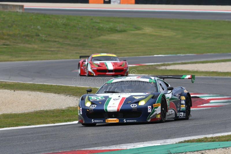 MUGELLO, ITALIE - NOVEMBRE 2017 : Ferrari 458 GT AF Corse dans l'action pendant le Finali Mondiali Ferrari 2017 au circuit de Mug photo stock