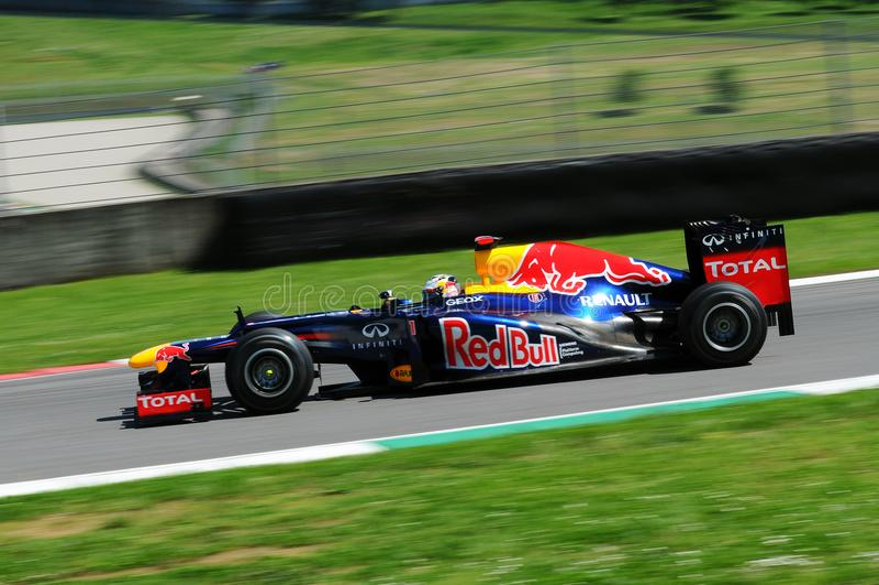 MUGELLO, ITALIE 2012 : Sebastian Vettel de l'équipe de Red Bull F1 emballant pendant le Formule 1 Teams des jours d'essai au circ images stock