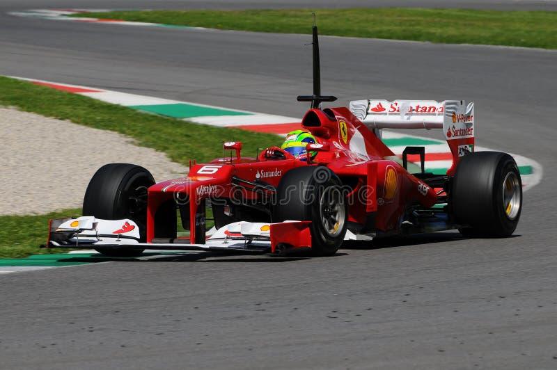 MUGELLO, ITALIEN 2012: Felipe Massa von Team Ferraris F1, das an den Formel 1-Teams läuft, prüfen Tage an Mugello-Stromkreis stockfotos