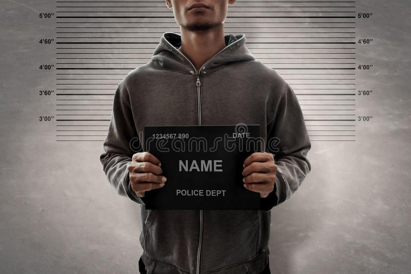 Mugshot do homem de Potrait do criminoso fotos de stock royalty free