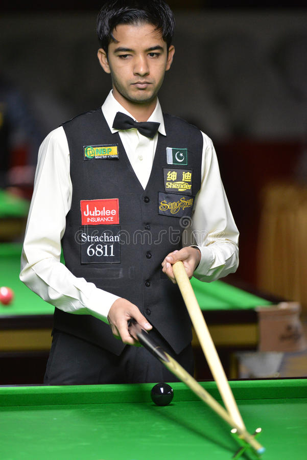 Muhammad Majid Ali of Pakistan. Bangkok, Thailand - SEP 2:Muhammad Majid Ali of Pakistan in action during Sangsom Six-red World Championship 2013 at Montien royalty free stock photos