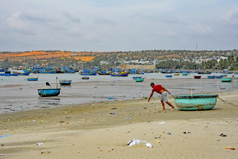 Mui Ne Fishing Village Beach royaltyfri fotografi