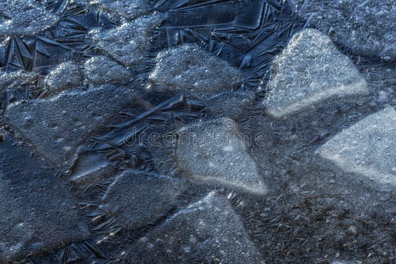 Muitas folhas de gelo rachadas pequenas imagens de stock royalty free