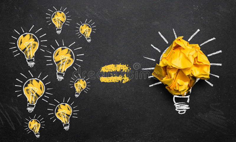 Muitas ideias pequenas conduzem à inovação grande ilustração do vetor