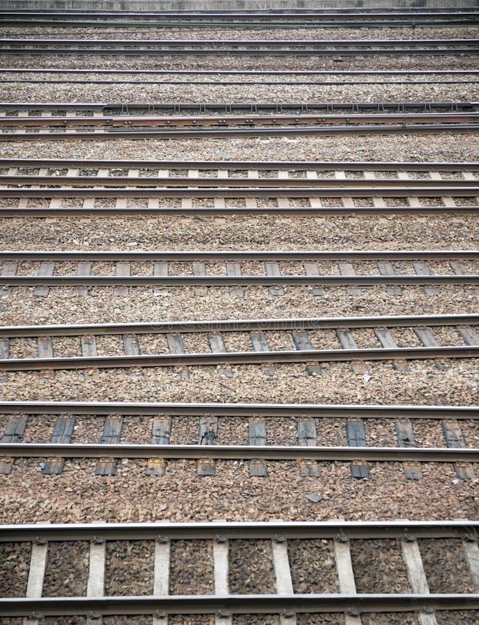 Muitas trilhas de estrada de ferro imagens de stock royalty free
