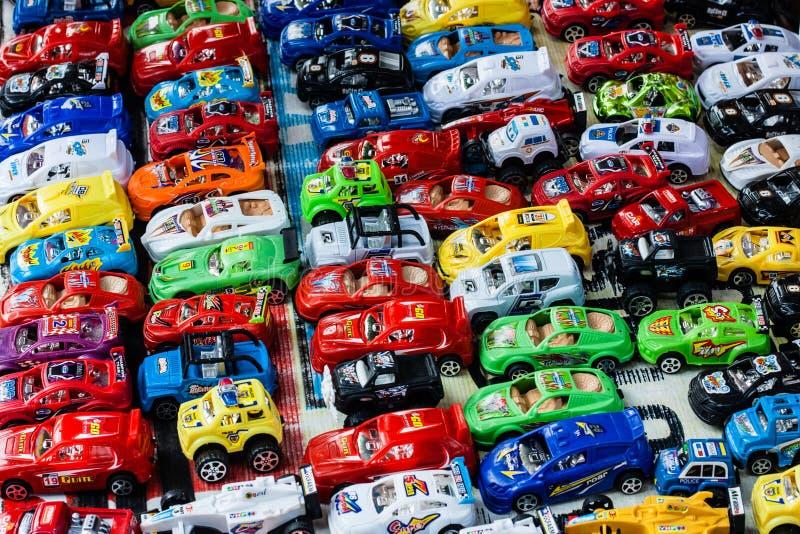 Muitos carros pequenos do brinquedo fotografia de stock royalty free