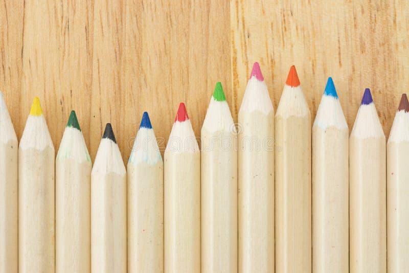 Muitos coloriram lápis fotografia de stock royalty free