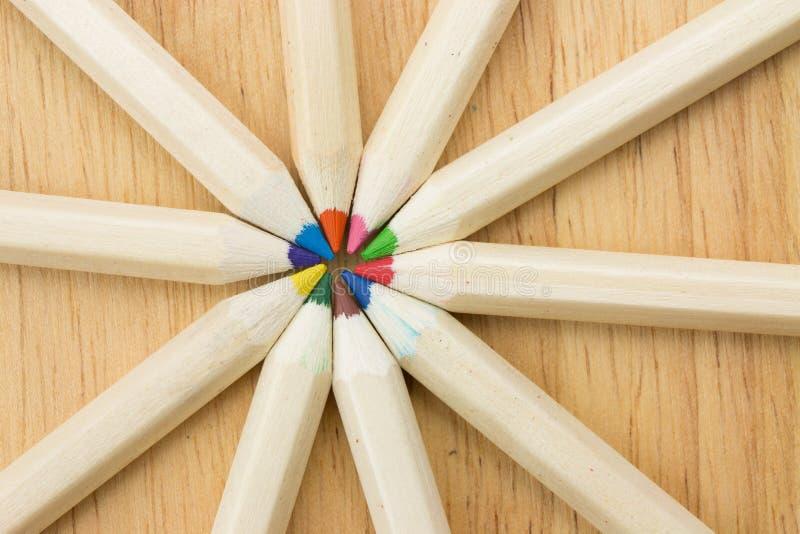 Muitos coloriram lápis imagem de stock