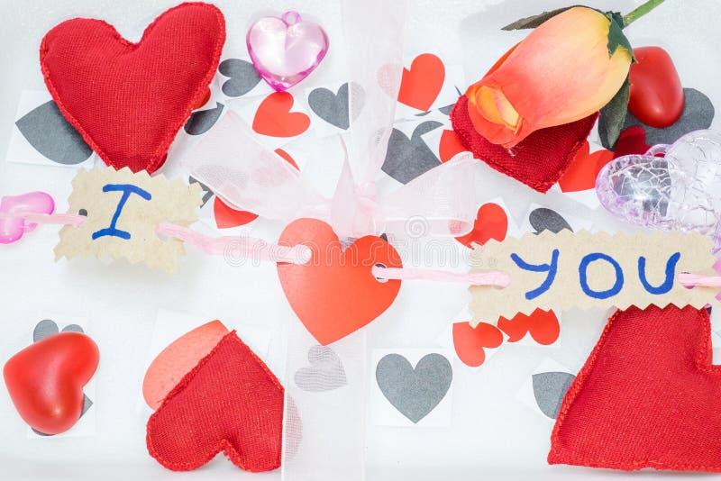 Download Muitos Corações De Cores Diferentes Foto de Stock - Imagem de pares, felicidade: 65577592