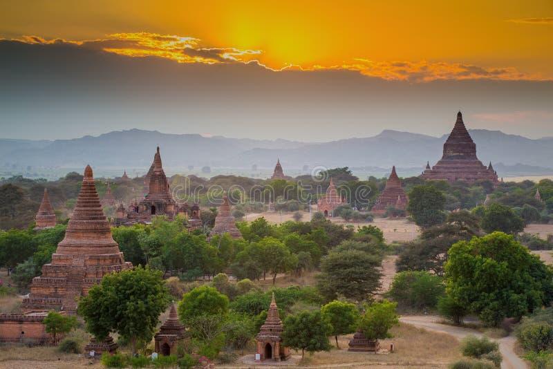Muitos templos em Bagan Area fotos de stock royalty free